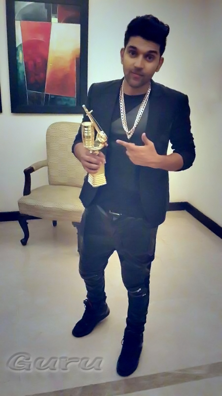 Guru Wins PTC Award-Punjabi Music Awards 2014